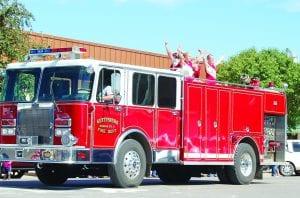 cheer fire truckDSC_0626